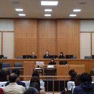 判決が言い渡された神戸地方裁判所の法廷