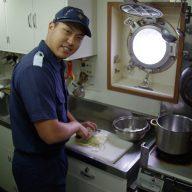 巡視船「とさ」調理風景