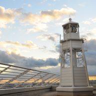 メリケンパークオリエンタルホテル灯台(神戸市中央区)