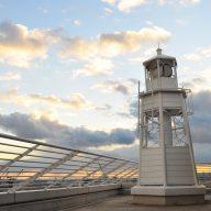 メリケンパークオリエンタルホテル灯台