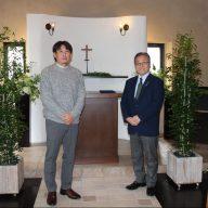 株式会社ゼロフォーム代表取締役の河崎正建さん(写真左)と、ラジオ関西の三上公也アナウンサー(※撮影時にマスクを外していただきました)